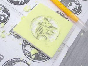 画像:たのしみ隊 消しゴムはんこ作り1